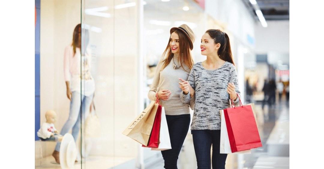 Zakupy świąteczne: ile i na co przeznaczymy nasze pieniądze? Sprawdź raport Deloitte.